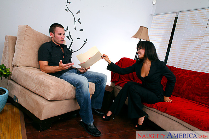 Client Annie Cruz fucking in the couch with her piercings - Sex Position 1