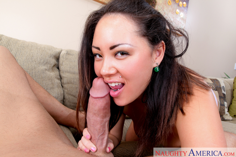Tina Lee fucking in the living room with her black hair - Blowjob