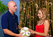 Payton Leigh & Johnny Sins in Diary of a Milf