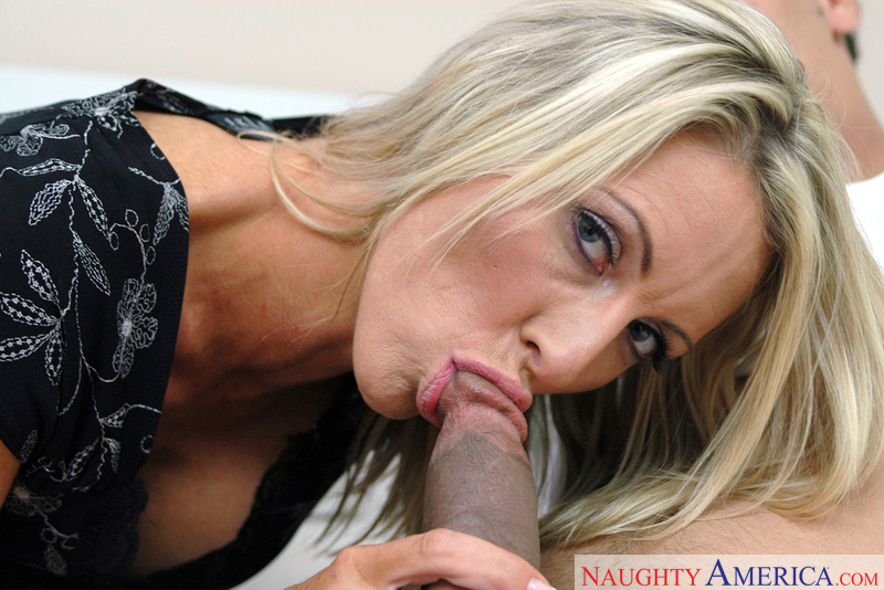 MILF Emma Starr fucking in the bedroom with her piercings - Sex Position 2