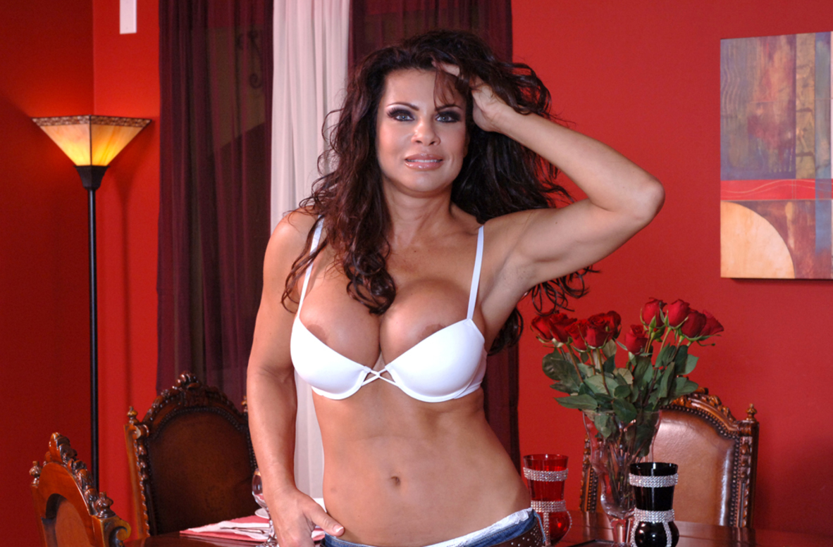 Watch Teri Weigel and Ron Jeremy video in Diary of a Milf