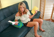 Kelli Tyler & Billy Glide in Housewife 1 on 1