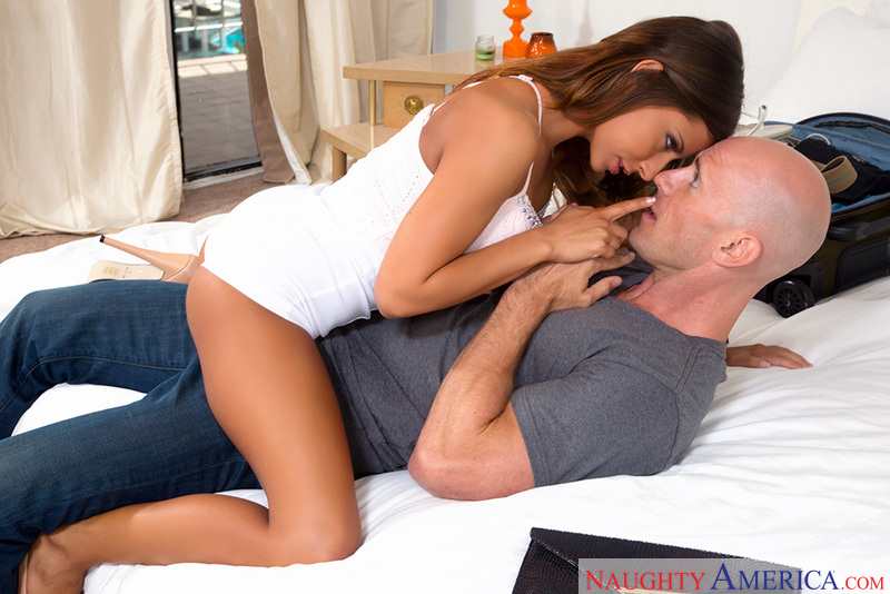 Madison Ivy fucking in the bed with her petite - Sex Position 2