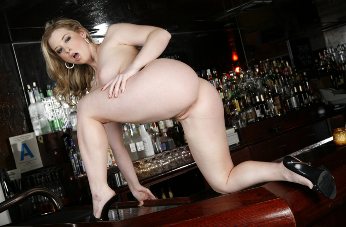 Sunny Lane Fucking In The Living Room With Her Big Ass-2252
