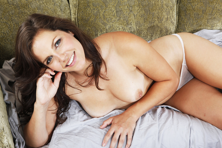Bobbi Starr fucking in the couch with her natural tits