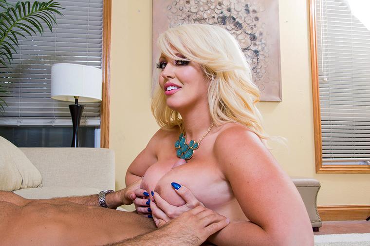 big booty girl ride dick