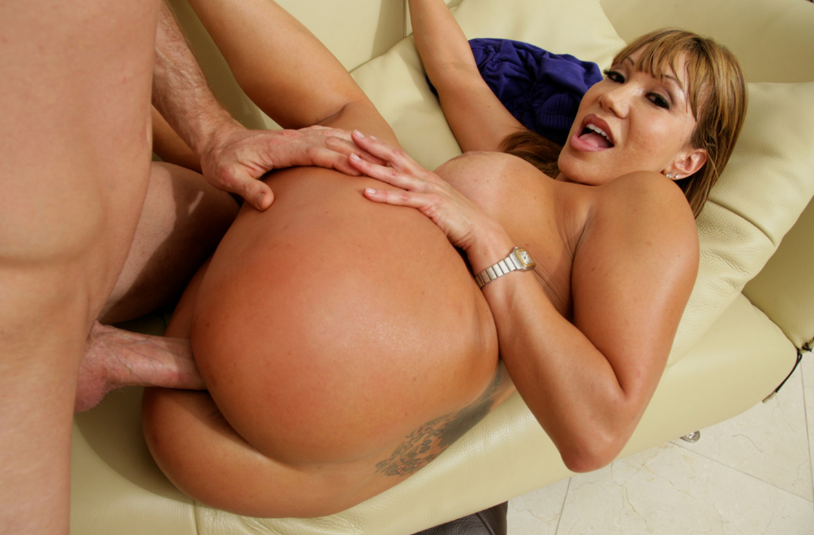 Watch Ava Devine and Jordan Ash video in My Friend's Hot Mom