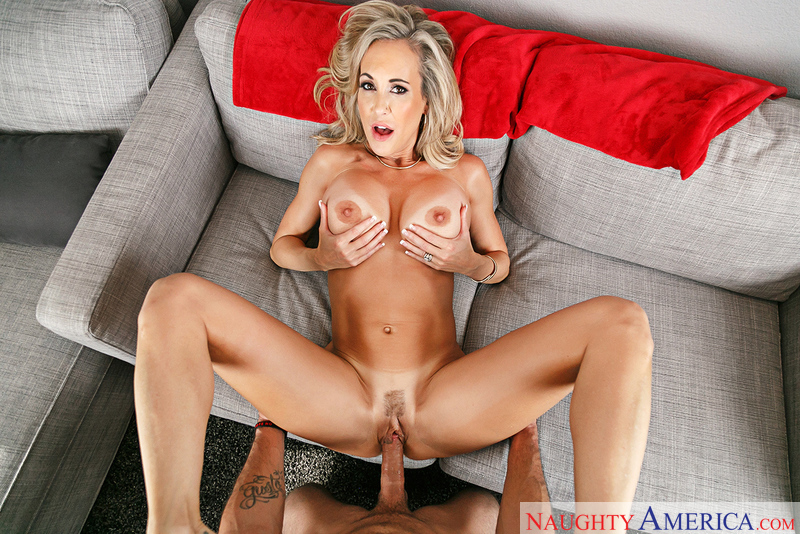 MILF Brandi Love fucking in the couch with her big tits - Blowjob