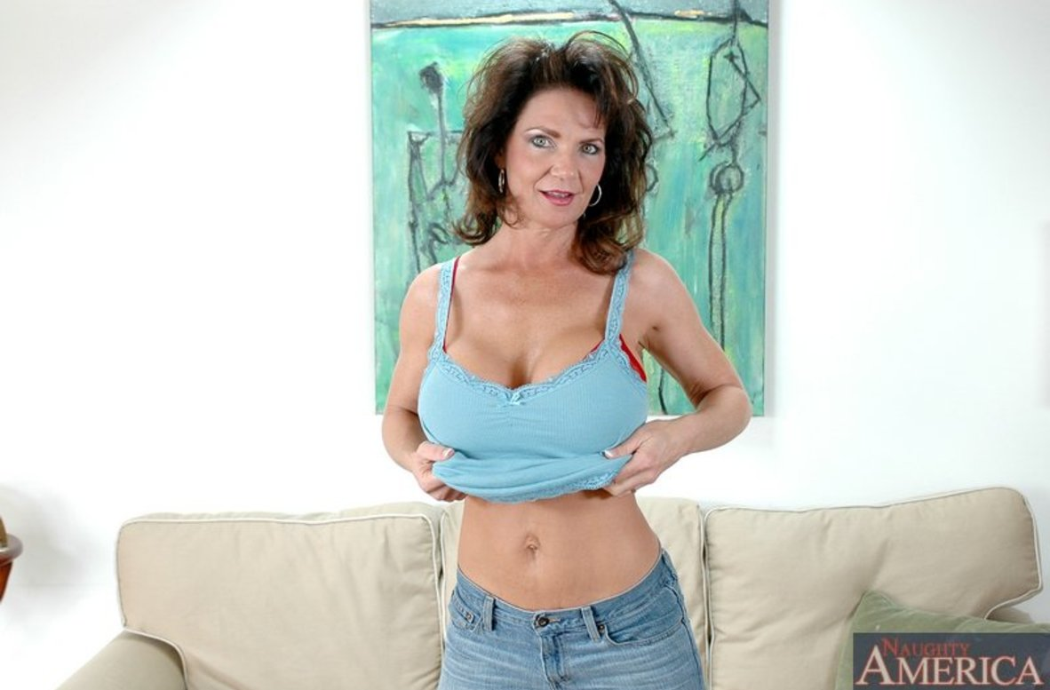Watch Deauxma, Alex Gonz and Jack Venice video in My Friend's Hot Mom