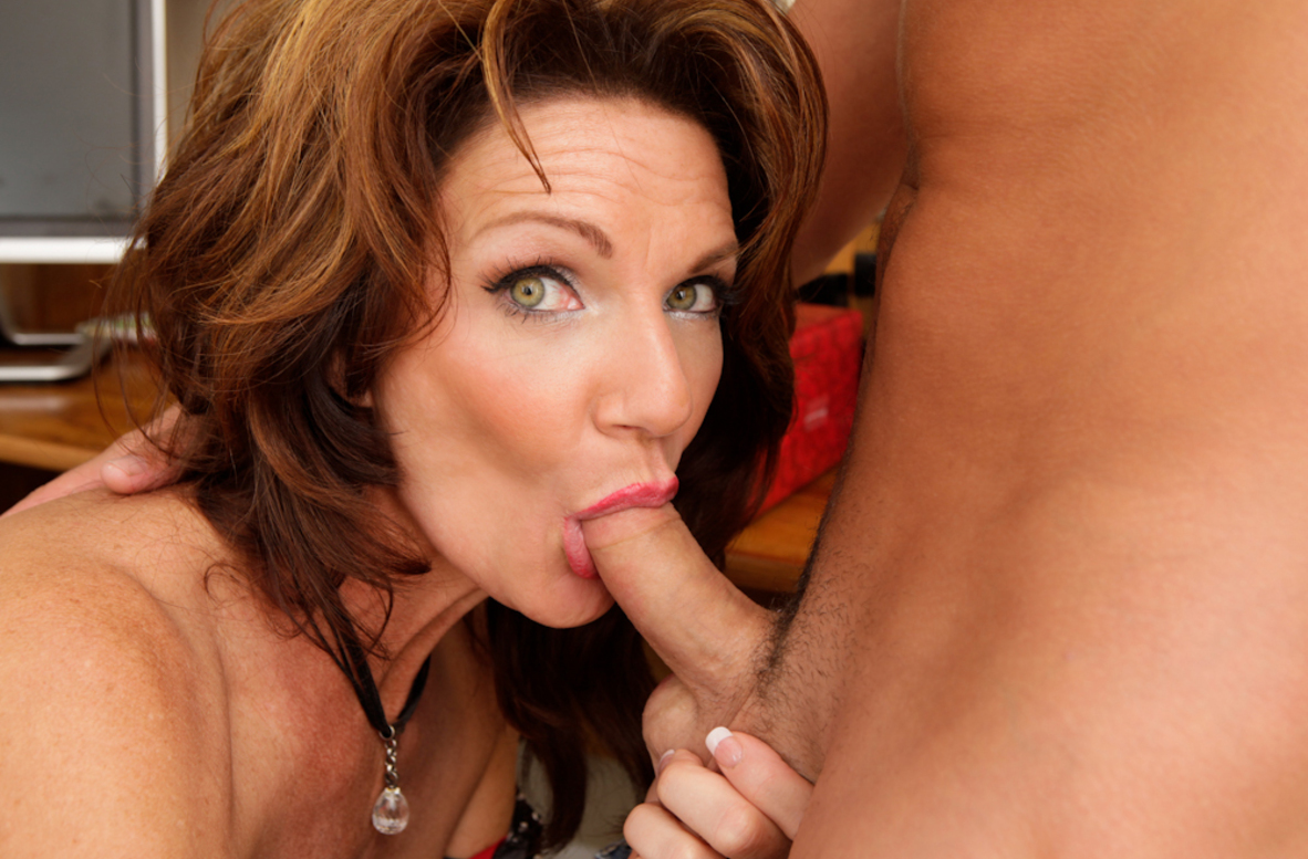 Watch Deauxma and Kris Slater video in My Friend's Hot Mom