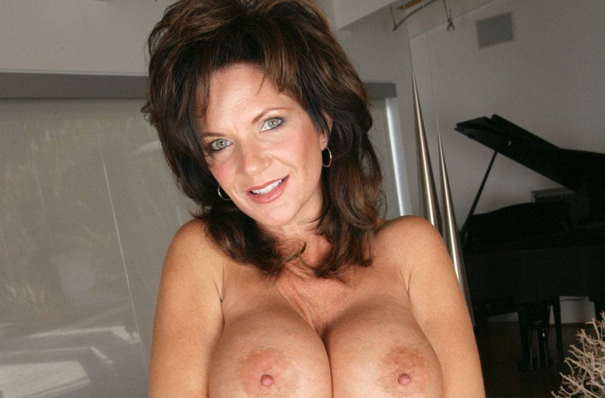 Watch Deauxma and Will Powers video in My Friend's Hot Mom