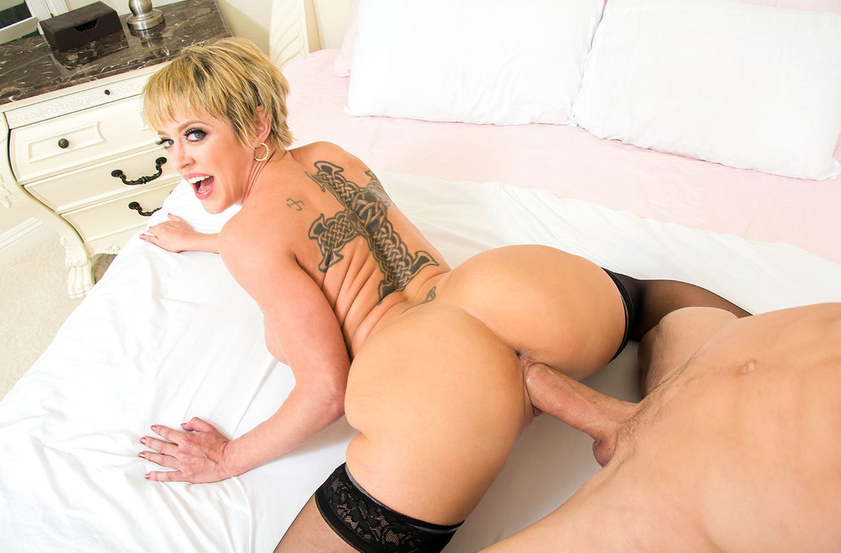 Watch Dee Williams and Bambino 4K video in My Friend's Hot Mom
