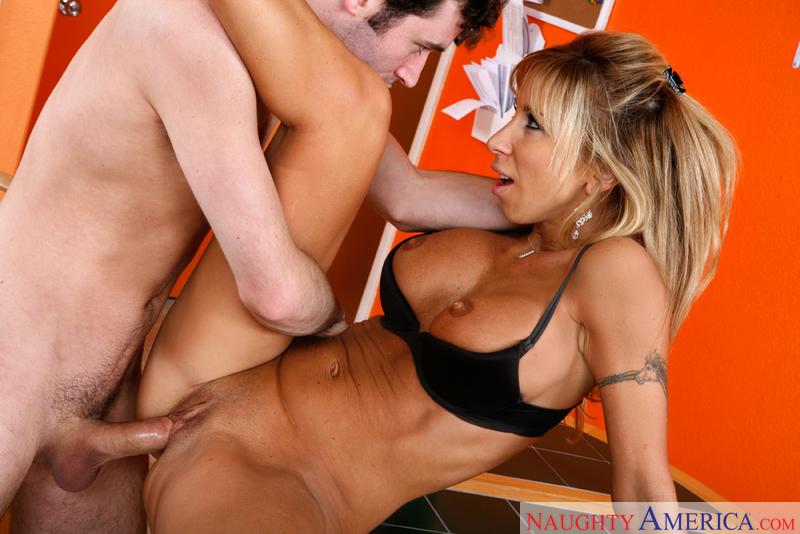 Girl seducing old man porn