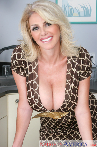 busty milf sex pictures