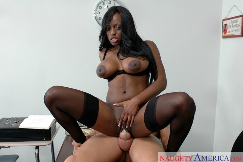 Jada fire webcam brunette jada fire fucking in the classroom with her tits  sex jpg 800x534