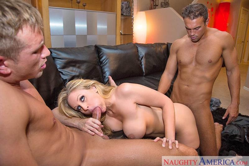 porn of girls guy threesome pics