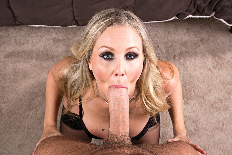 Looks www.hot gif julia ann love the