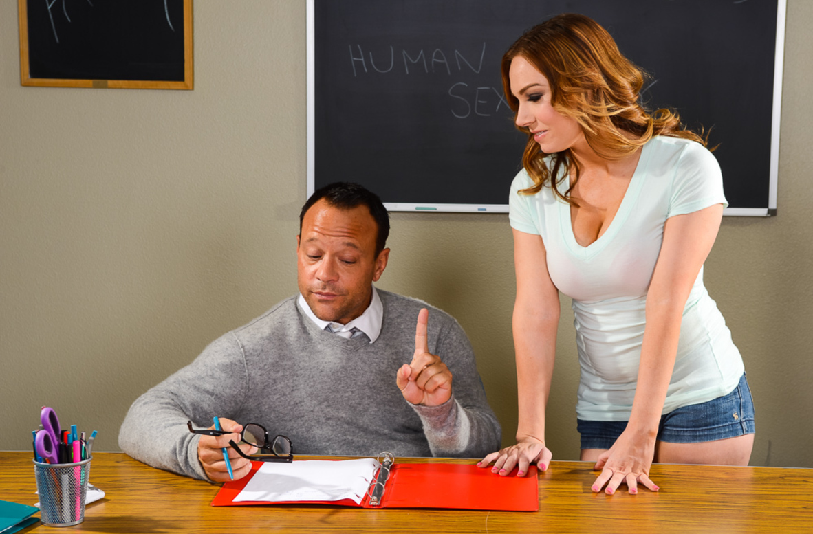 Watch Tiff Bannister and Kurt Lockwood 4K video in Naughty Bookworms