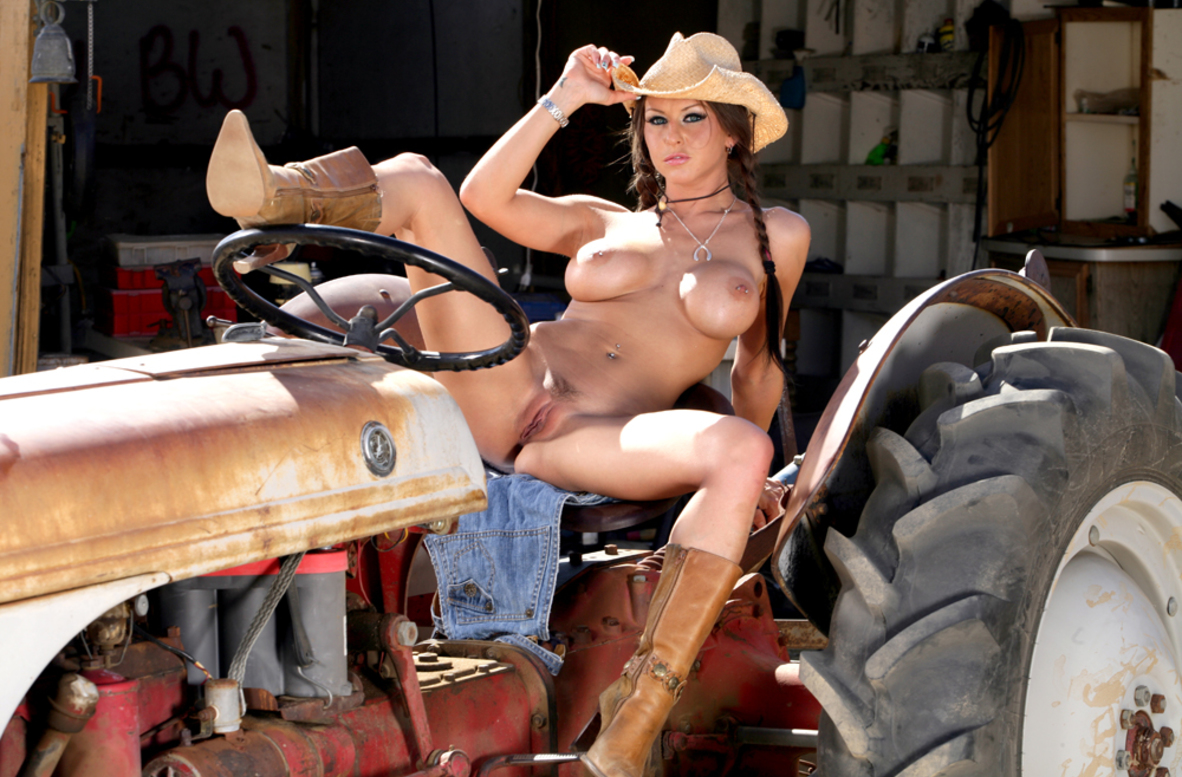 Watch Rachel Roxxx and Joey Brass video in Naughty Country Girls