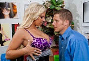 Lylith LaVey & Chris Johnson in Naughty Office
