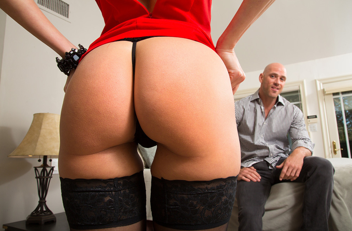 Watch Brandi Love and Johnny Sins 4K video in Seduced By A Cougar