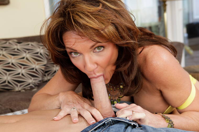 Cougar Deauxma fucking in the couch with her big tits