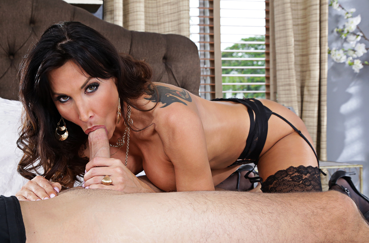 Watch Lezley Zen and Sean Lawless 4K video in Seduced By A Cougar